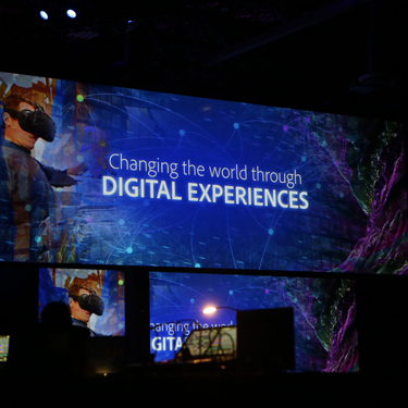 2017-AdobeSummit-8-375x375